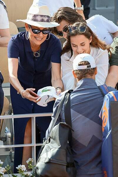 Et c'est la première à demander un autographe à Rafael Nadal !