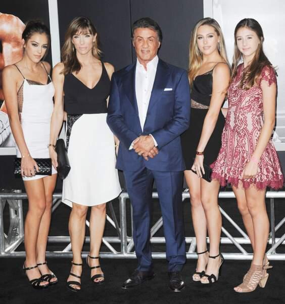 Sistine, Sophia et Scarlet  Stallone avec leurs parents lors d'une première de film à Los Angeles en 2016