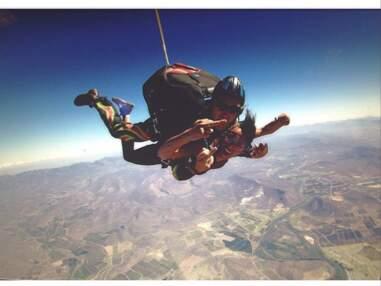 Twitter : Le saut en parachute de Shy'm, Nabilla au naturel, le retour des Anges