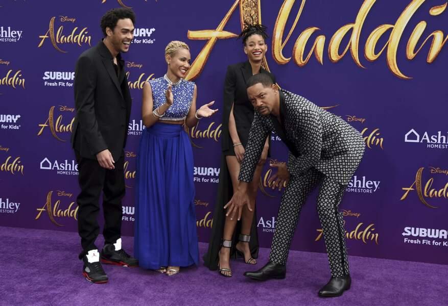 """Mai 2019, Los Angeles, Trey et Willow Smith assistent à la première """"d'Aladin"""" en compagnie de leurs parents"""