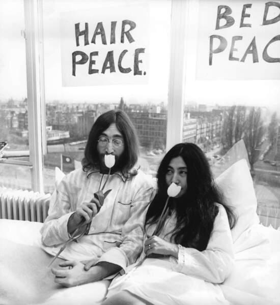 De son côté, John Lennon écrira plusieurs titres pour sa femme Yoko Ono, dont Dear Yoko et I'm losing you.