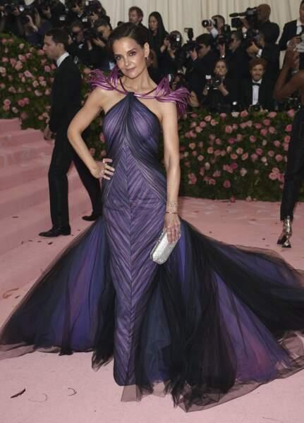 Katie Holmes, jolie violette.