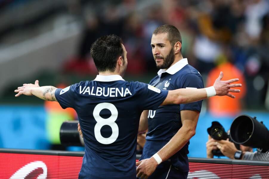 Automne, La belle amitié entre Karim Benzema et Mathieu Valbuena sur fond de sextape devant la justice. Sordide