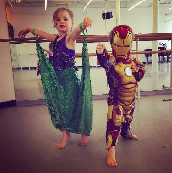 Le petit Gideon Scott est aussi fan d'Iron Man et sa soeur jumelle d'Ariel la petite sirène