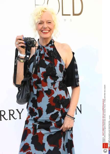 Ellen Von Unwerth, la photographe des star, avec son appareil évidemment !