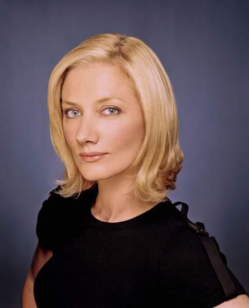 Joely Richardson était Julia, la femme au centre du triangle amoureux du show...