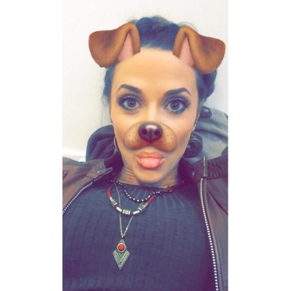 Capucine Anav s'éclatent sur Snapchat.