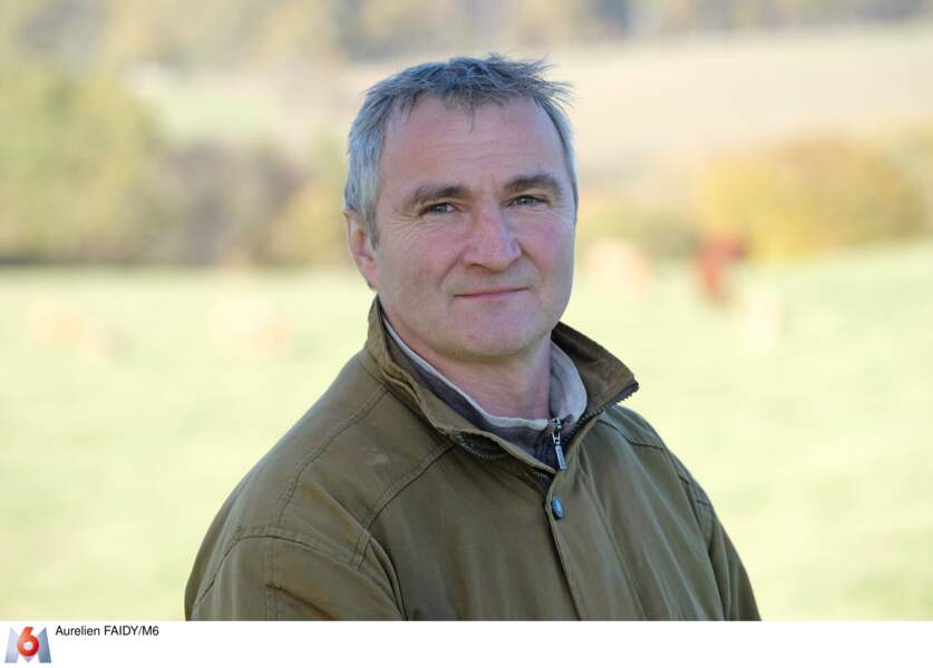 """Éric dit """"Ricou"""", 51 ans, éleveur de vaches allaitantes en Auvergne-Rhône-Alpes"""