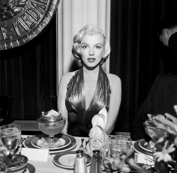 """Marilyn ? - Oui c'est moi"""