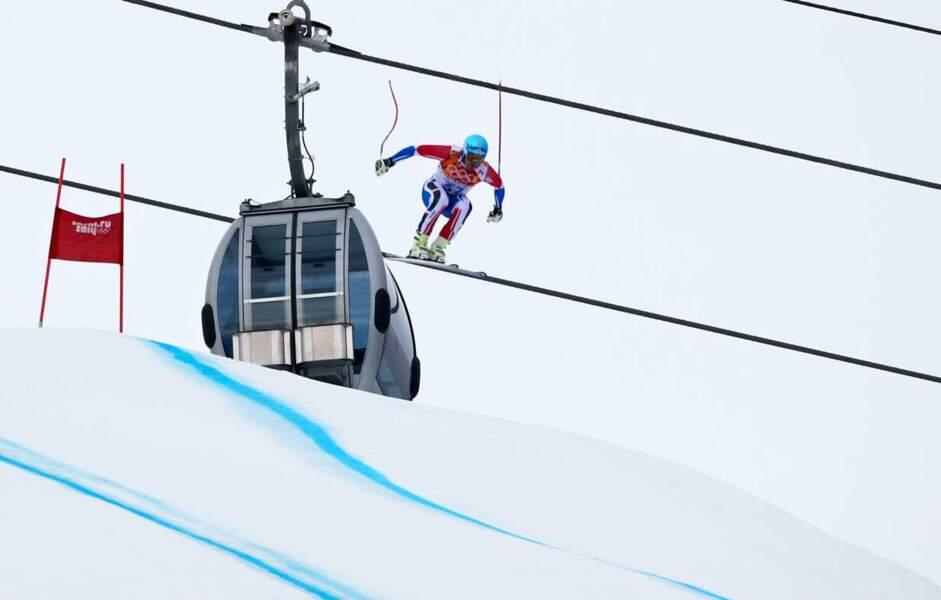 Non on vous l'assure : Guillermo Fayed n'est pas capable de skier sur un fil...