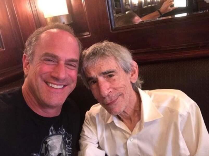 Les fans de New York Unité Spéciale apprécieront ce selfie de Chris Meloni et Richard Belzer.