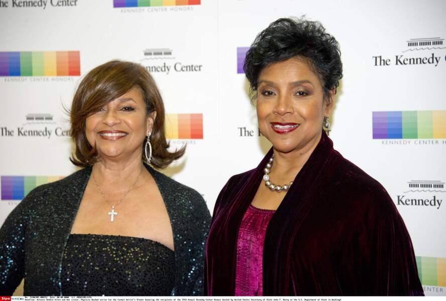 Phylicia Rashād n'est autre que la soeur de Debbie Allen, l'actrice de Fame aujourd'hui dans Grey's Anatomy