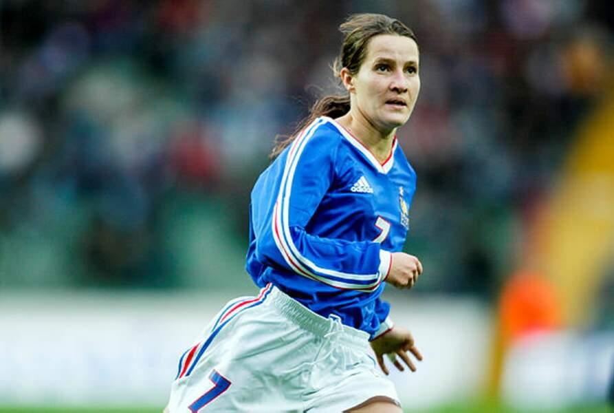 Stéphanie Mugneret-Bréghé (1992/2005) est aujourd'hui entraîneure après avoir joué 115 fois sous le maillot bleu