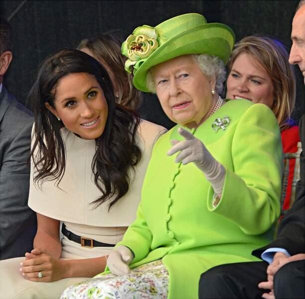 La Reine Elizabeth II a adoubé sa nouvelle petite fille