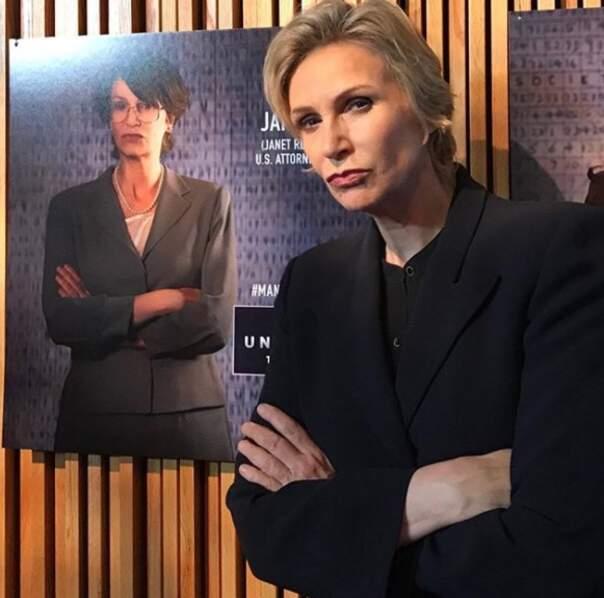 Sur le petit écran, elle est apparue dans Angel From Hell et la mini-série Manhunt: Unabomber