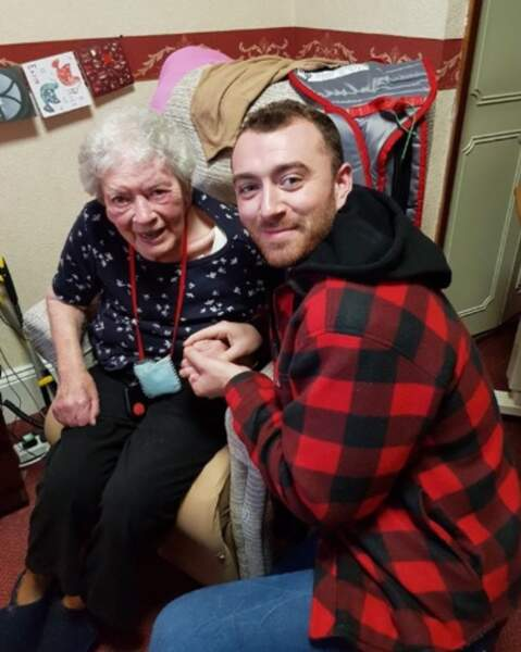 Sam Smith a rendu visite à sa tata Terry à l'hôpital.