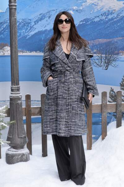 Et encore un manteau, cette fois c'est Monica Bellucci