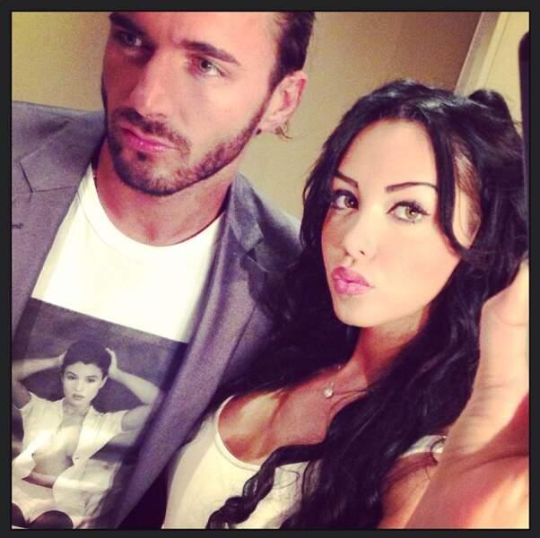 Nabilla et Thomas se sont trouvés : ensemble ils s'éclatent à faire des selfies