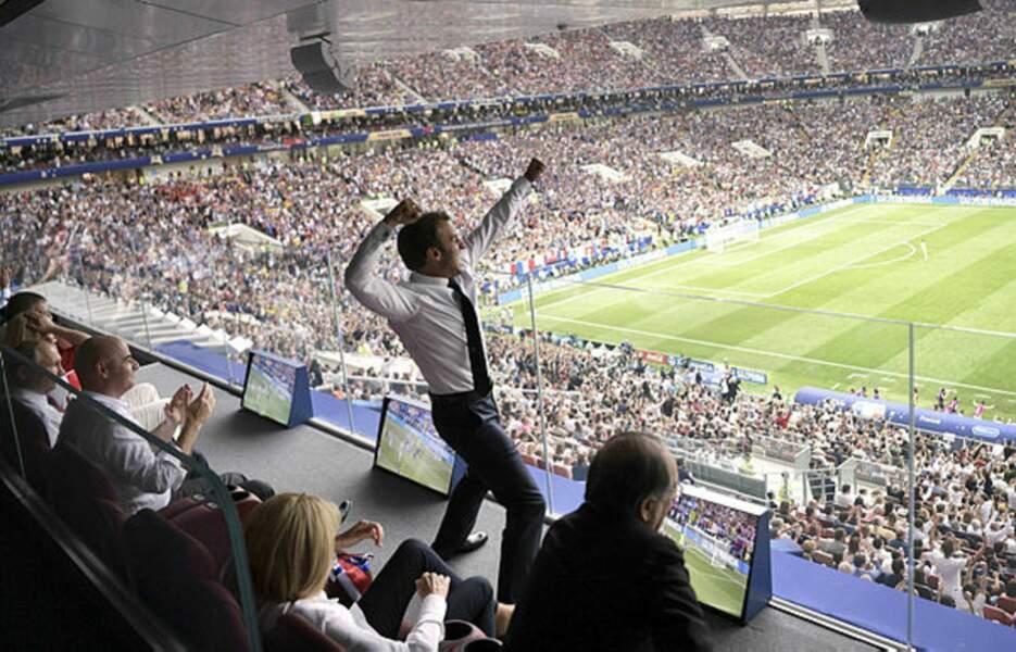 Le président Macron est un fervent supporter des Bleus