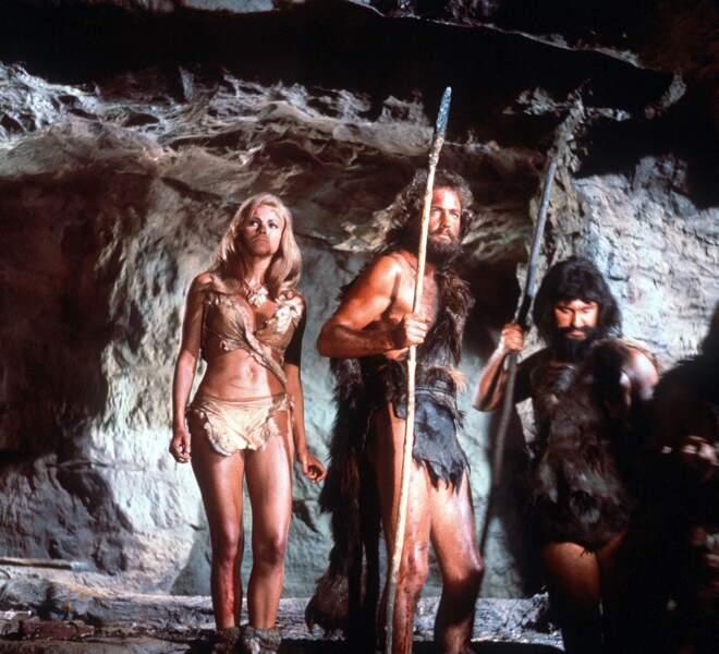 Raquel Welch émoustille dans Un million d'années avant J.C. (1966)