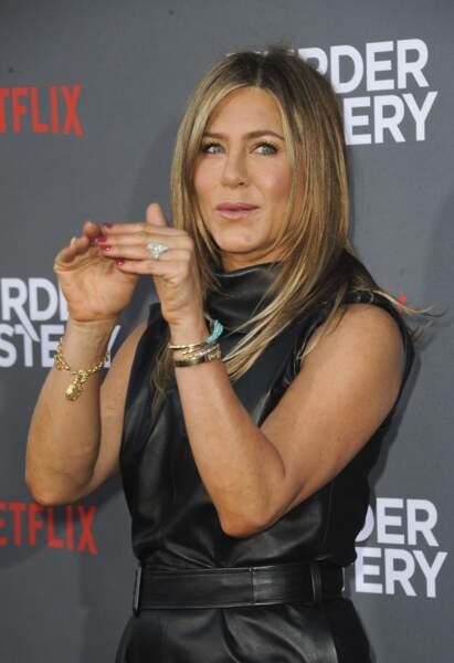 Jennifer Aniston, coeur avec les mains !