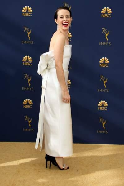 La reine de The Crown, Claire Foy, célèbre son Emmy avec une immense joie
