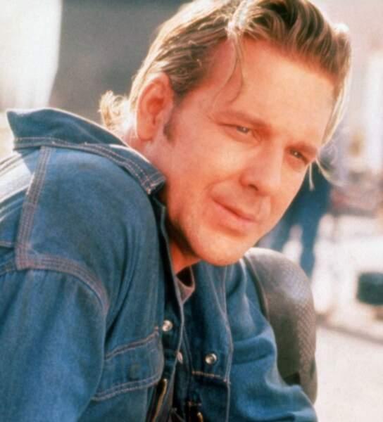 Dans le bien nommé Johnny Belle Gueule (1989)