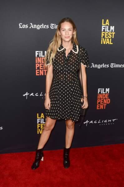 Dylan Penn, fille du couple légendaire Sean Penn-Robin Wright, est mannequin et actrice.