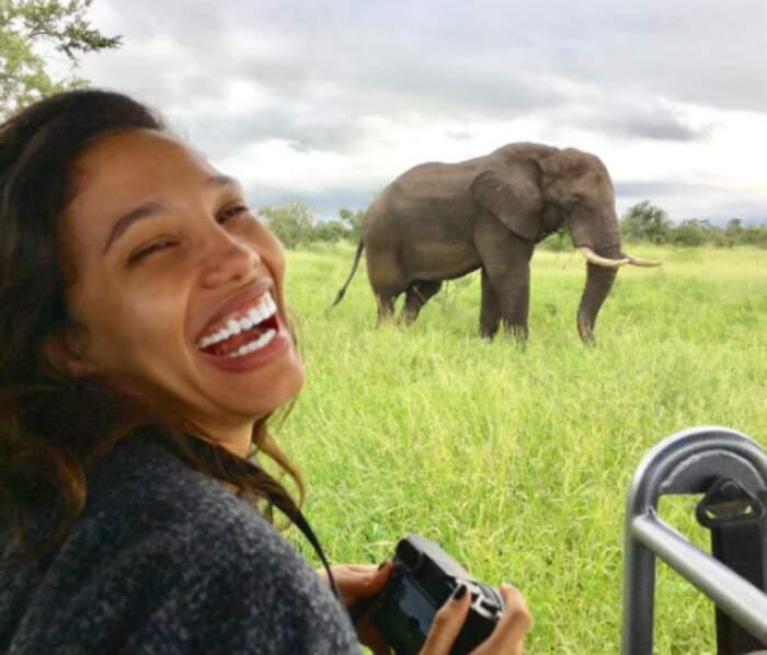 Des hommes et des animaux : Jessica Ledon est en plein safari au Mozambique.