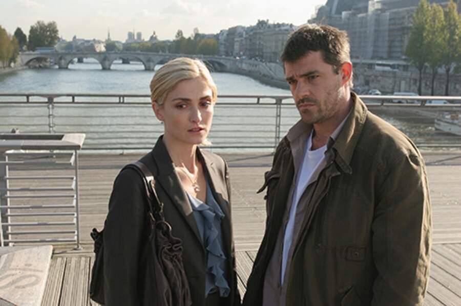 Julie Gayet et Thierry  dans La lègende des 3 clefs en 2007
