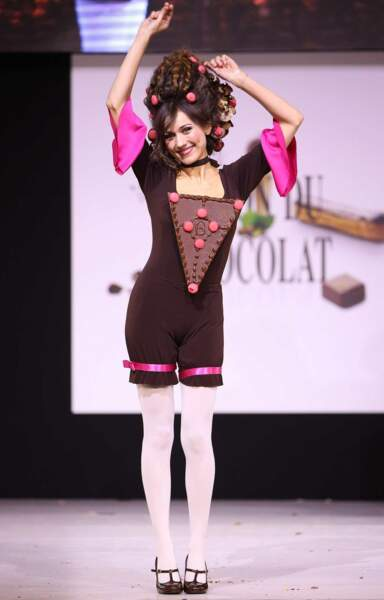 Marie-Ange Casalta et sa tenue indescriptible