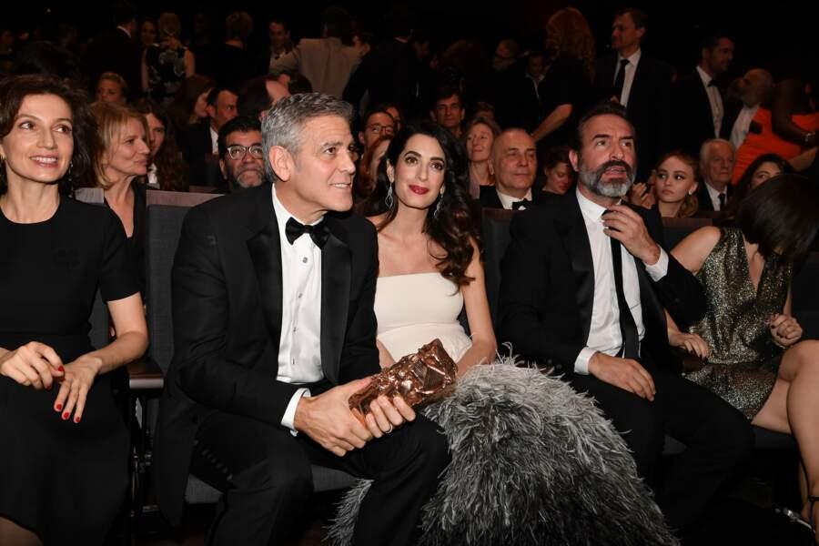 Salle Pleyel, les Clooney et les Dujardin étaient assis côte-à-côte…