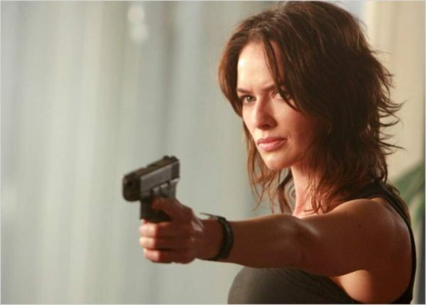 Même détermination mais coupe de cheveux différente pour Terminator : les Chroniques de Sarah Connor