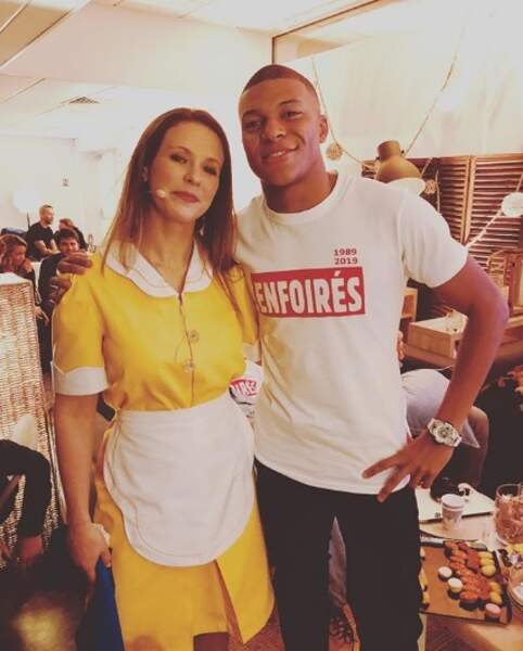 Lorie aussi a été de sa petite photo avec Kylian Mbappé... Et elle ne fut pas la seule !