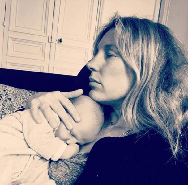 """La plus """"Maternelle"""" des présentatrices télé, Agathe Lecaron, fête paisiblement l'anniversaire de son fils Félix."""