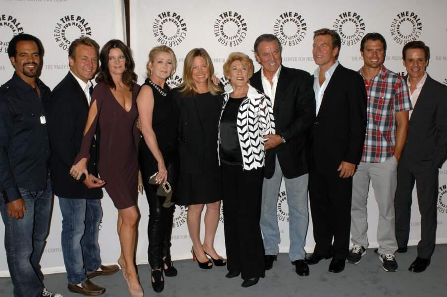 Avec ses amis des Feux de l'amour, l'acteur a fêté de nombreux anniversaires, comme le 10 000ème épisode
