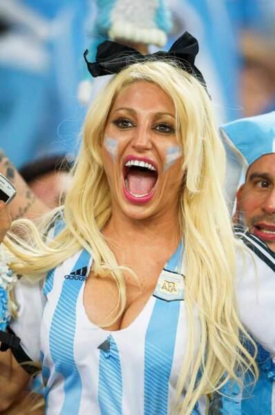 Une supportrice argentine qui a de la voix !
