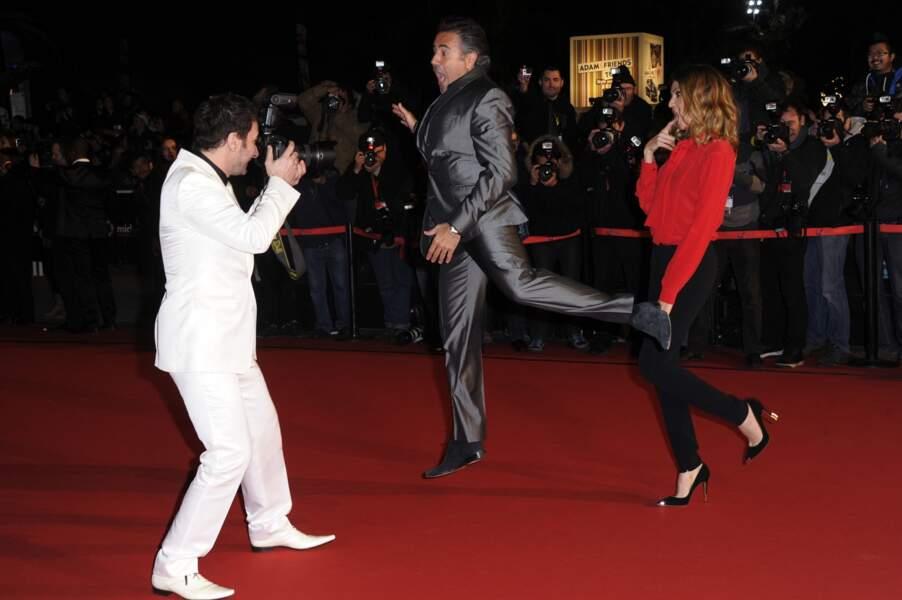 Michael Youn et José Garcia (ici avec Isabelle Funaro) déjà en grande forme sur le tapis rouge.