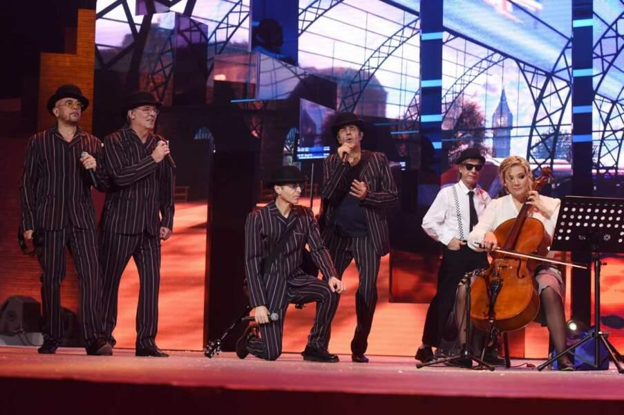 Des enfoirés et un violoncelle