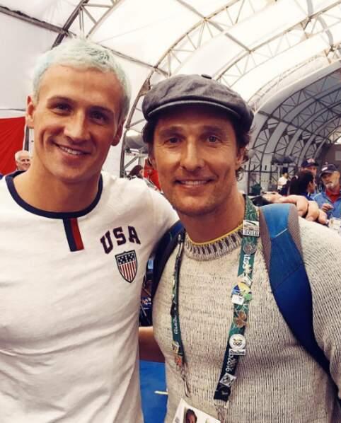 Ryan Lochte a sorti sa plus belle teinture pour taper la pose avec Matthew McConaughey