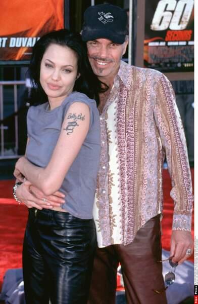 Tatouée, grunge, Angelina Jolie s'affiche avec son nouveau bad-boy : l'acteur Billy Bob Thornton