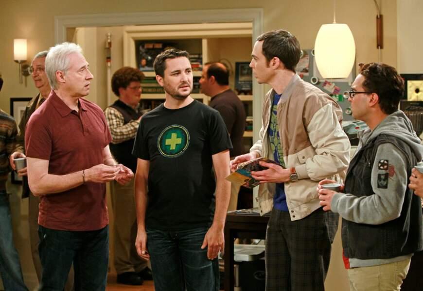 Brent Spiner (à gauche) est un acteur de la série Star Trek : La Nouvelle Génération. Rencontre au sommet !