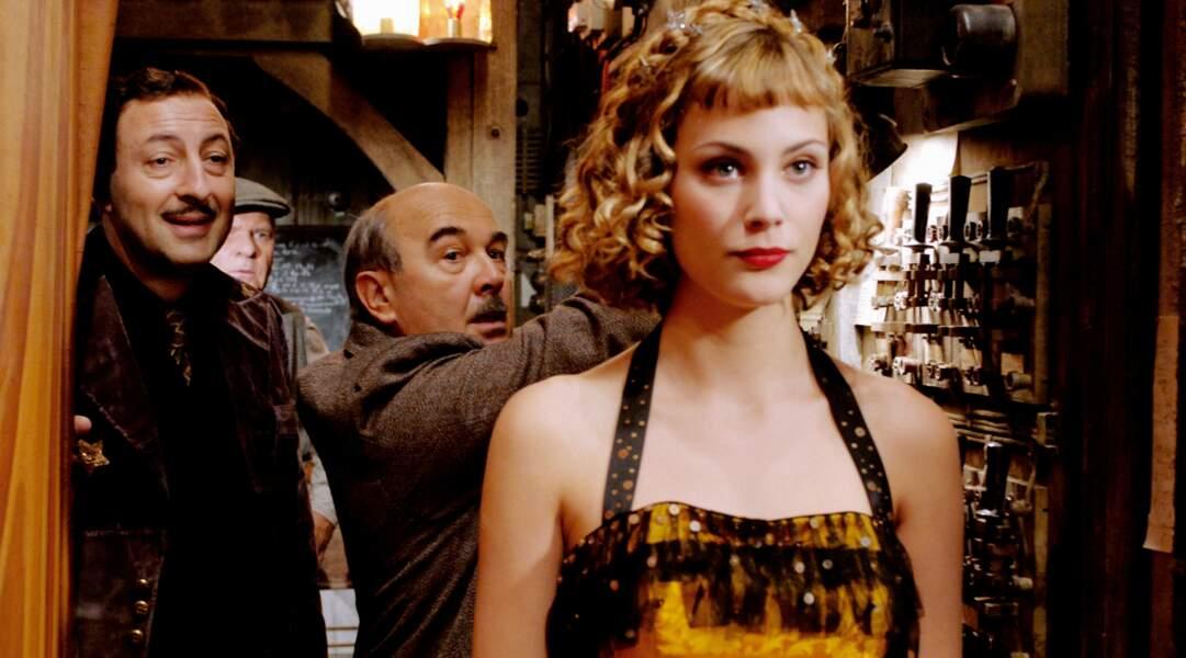 Jeune première dans Faubourg 36 (2008) aux côtés de Kad Merad et Gérard Jugnot