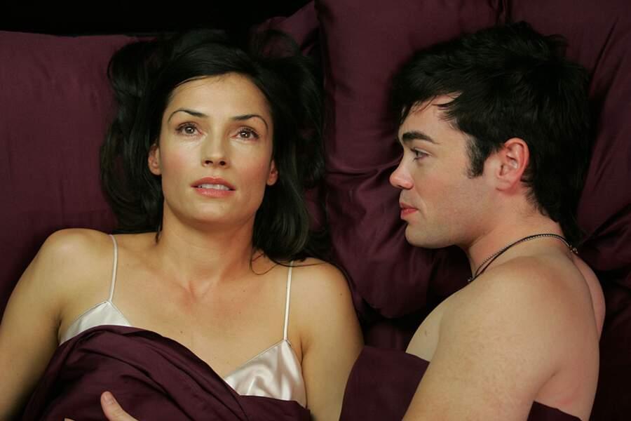 Famke Janssen était Ava, la transexuelle complètement folle dont Matt tomba éperdument amoureux...