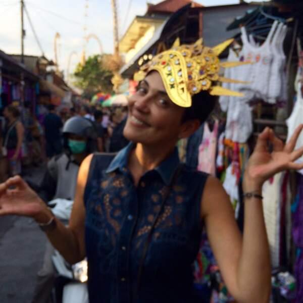 L'année dernière, elle a aussi visité l'Asie. Bon pour le masque... Pas sûr.
