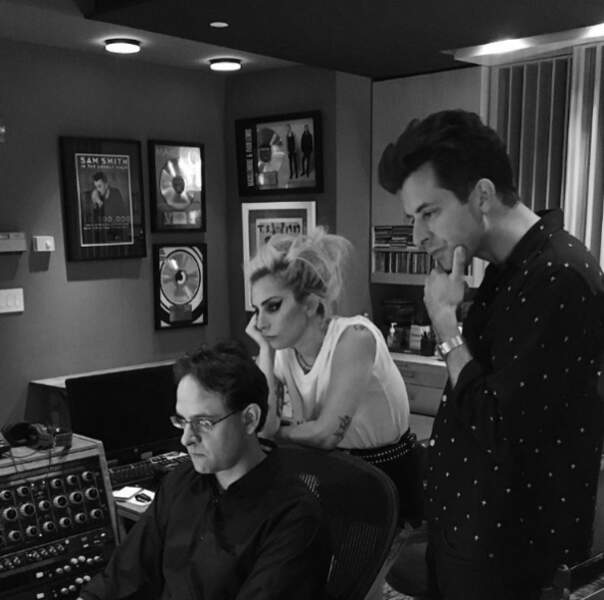 Lady Gaga et le DJ Mark Ronson ont travaillé ensemble sur le nouvel album de la chanteuse.