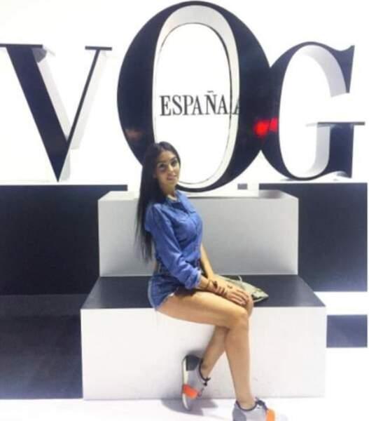 La jeune femme de 21 ans d'origine espagnole est mannequin professionnelle.