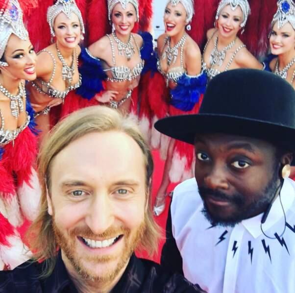 Quelques coulisses de people : David Guetta et Will.I.Am à la Tour Eiffel pour le show de l'Euro 2016.