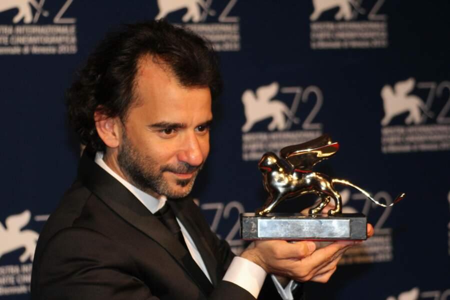 Le Lion d'argent du meilleur réalisateur est revenu à une autre Latino-Américain : Pablo Trapero pour El Clan