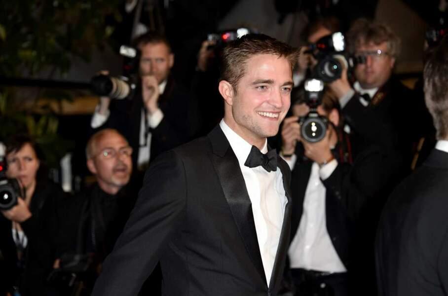 Robert Pattinson, l'atout charme des jeunes filles en fleur